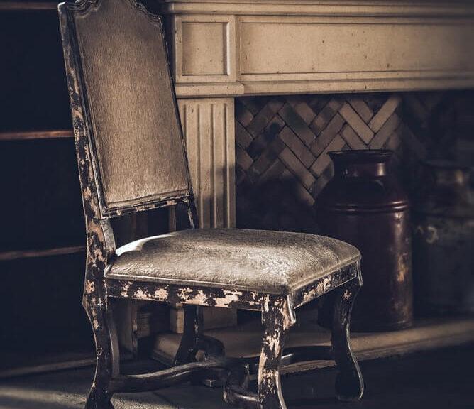 Antik møbel